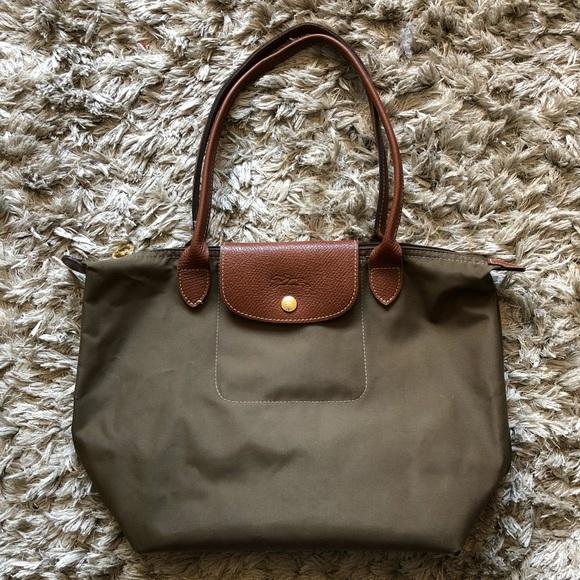 b1c1ae3e269 Green Longchamp Bag. M_5a6b5c4f3a112e27f1b72bdc